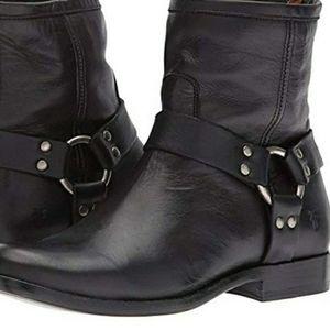 Frye Phillip harness short black boot new 8